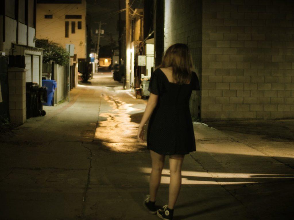 Wet down, alley scene - Production Design